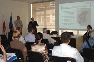 images-stories-zdjeciaCOI-konferencja 014a-389x260